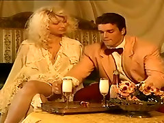troietta 63 Threesome with Horny Woman