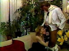 video porenxxx 17 French : La star sodomisee 1983