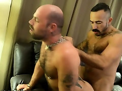 Muscly gay bears fuck