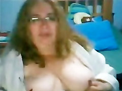 mature lady showing her tits 3