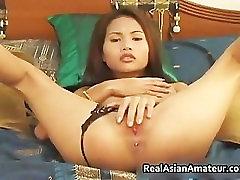 Asian amateur cutie dildo fucking her part6