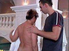German mature fuck in sauna