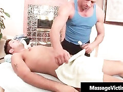 Hot and horny dude gets the massage part2