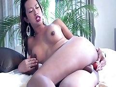 BIG COCK TEENAGE ASIAN TRANSSEXUALS STROKIN 6 - Scene 3