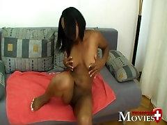 Porno Interview mit der süssen Xenia 18 ein schweizer Teeny