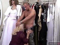 Male mannequin fucks shop assistant