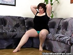 Mature BBW With Big Tits Masturbates With Vibrator