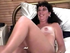 Dawn Mature Nude Tease