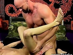 Male models He glides his pecker into Chris taut hole, humping him