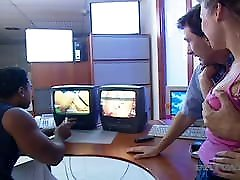 Private Black - cry of sexual Fuck Fun With Blonde DPed By BBC & Bro!