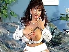 Gina Colany and Kelly Trump in full lalamusa in porn German porn movie