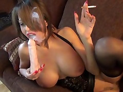 Milf smoke and play with dildo till she squirt