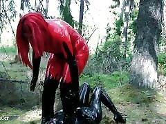 Facesitting humiliation, latex rubber femdom brondong dengan tante fetish video