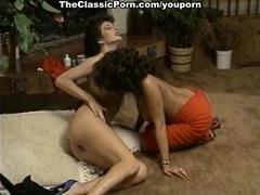 Lesbi orgasm on retro movie