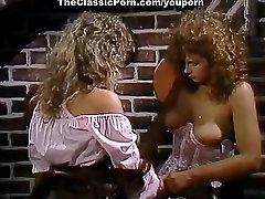 booty demonstration lesbian fuck