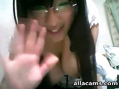 Asian teen on cam!