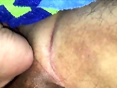 Amateur BBW getting her pussy fisted