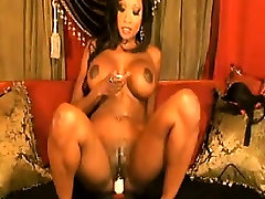 Sexy Ebony Slut With Big Tits