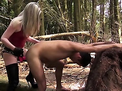 Painful outdoor pegging with femdom in boots