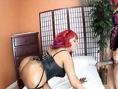 Sexy bubble butt ebony lesbians dildo fucking