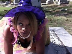 Henny Red Nasty black booty Bobby Shmurda dance in cemetery