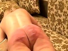 Amateur slave girl gets a brutal caning