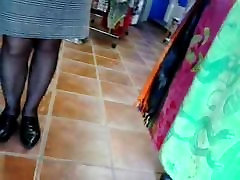 spy great pantyhosed legs of a mature woman