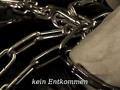 chain bondage & leather fetish Lady Cheyenne de Muriel