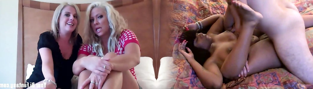 Sapphic Lesbian Babes Scissoring Each Other