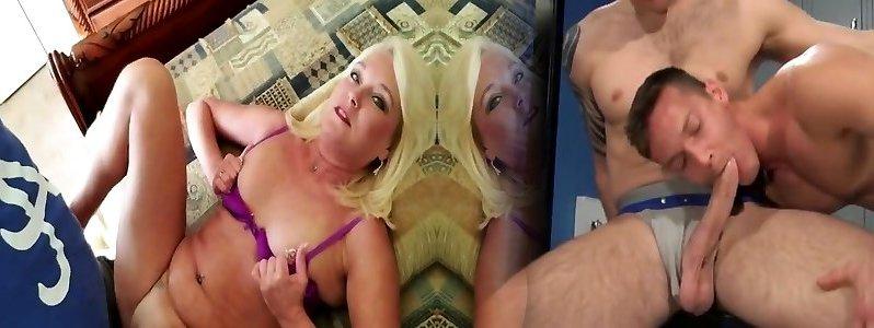Virtual Sex Mom Creampie