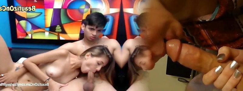 caldo lesbica doccia porno