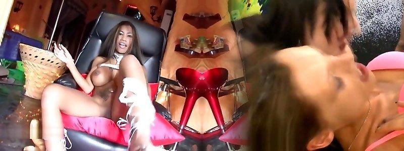 Lulu Sex Bomb Leather - Lulu Hakarta