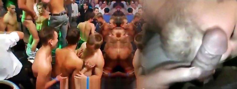 Darmowe filmy milfs uprawiających seks